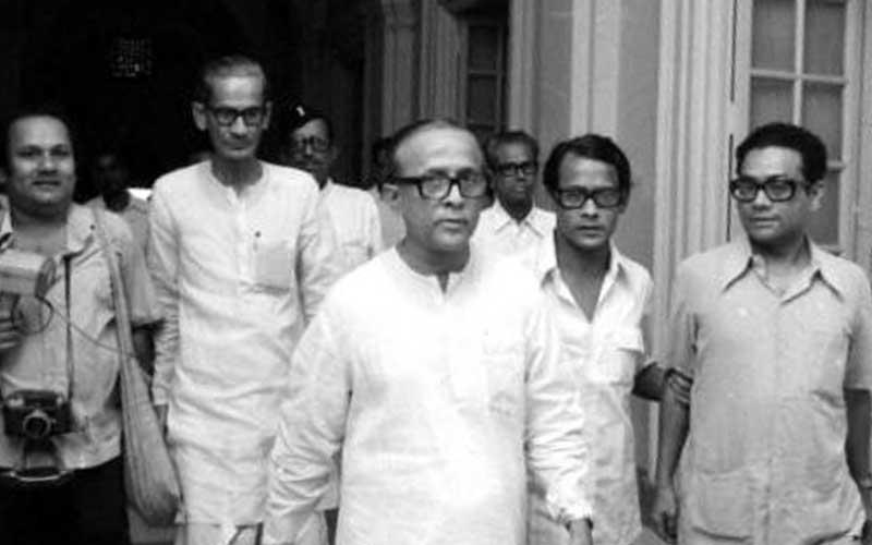 Take this quiz to know what happened in Assembly and General Elections in West Bengal in 1977