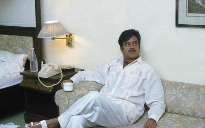 Think you know Shatrughan Sinha well? Take this quiz to test your knowledge