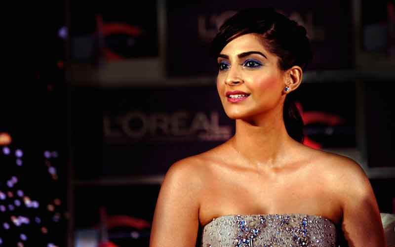 How much do you know about Sonam Kapoor, take this quiz to find out